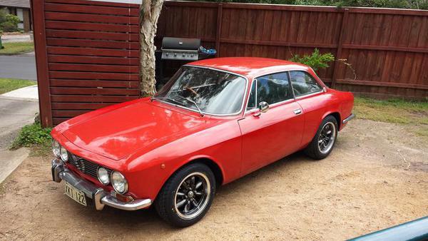 1975_Alfa_Romeo_GTV_RED_Mark_Patane_000.jpg
